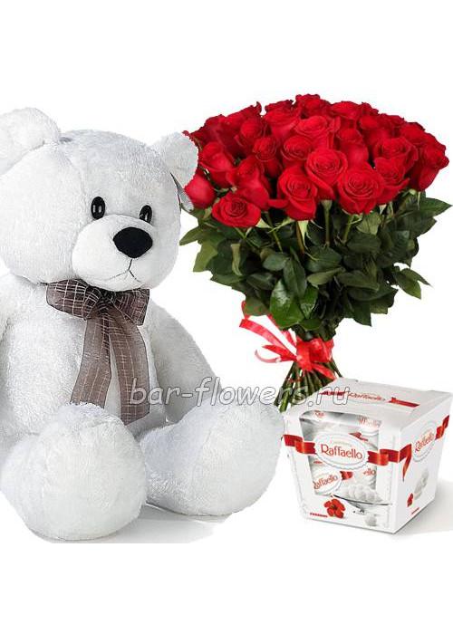 Набор для романтика из 21 высокой розы , конфет и большого медведя