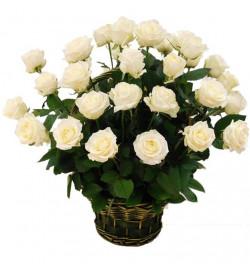Корзина из 25 роз